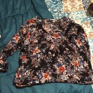 American eagle blouse, classy and cute!